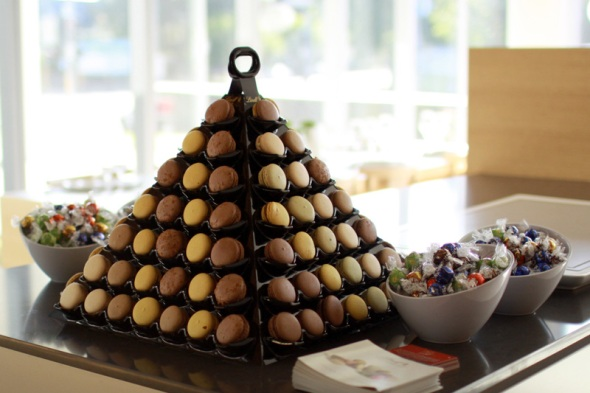 Delice Macaron Tower and Lindor balls courtesy of Lindt at EDB2011